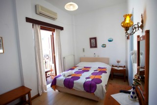 accommodation villa zacharo big room