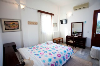accommodation villa zacharo cozy room