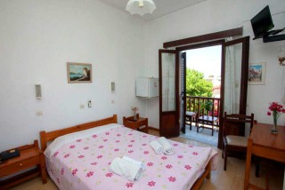 accommodation villa zacharo double bedroom