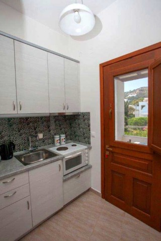 accommodation villa zacharo kitchen