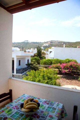 accommodation-villa-zacharo-balcony