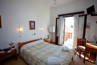 accommodation-villa-zacharo-bedroom-03