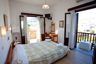 accommodation-villa-zacharo-bedroom-04