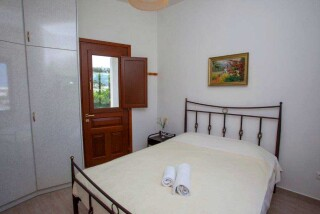 accommodation-villa-zacharo-bedroom-area