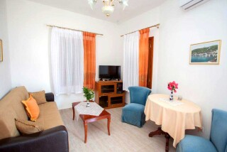 accommodation-villa-zacharo-sitting-room