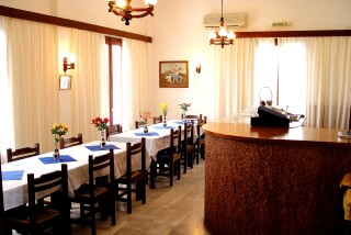 facilities-villa-zacharo-restaurant