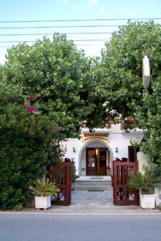 patmos-hotel-villa-zacharo-building